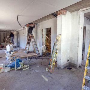 Ristrutturazione appartamenti la spezia soggiorno bagno - Ristrutturazione edilizia bagno ...
